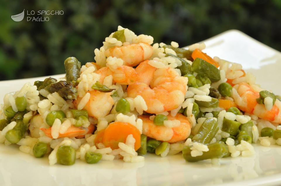 Risultati immagini per immagine insalata di riso con verdure e gamberi