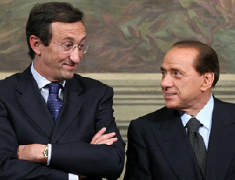 images/galleries/Fini-Berlusconi.jpg