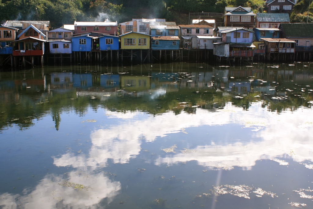 chiloe_palafitos.jpg