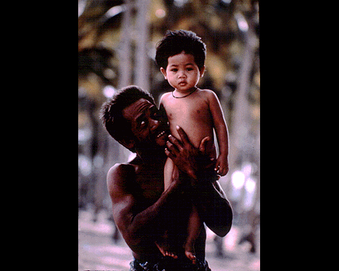 035 - Father and daughter (Malaysia), David Harvey