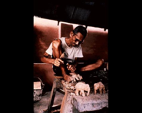 066 - Thailand craftsman, Dean conger
