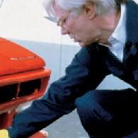 na de wat minder artistieke auto's nu serieuze kunstenaars die met serieuze BMW's aan de slag zijn gegaan. BMW art car programma is vanaf 1975 bezig geweest om kunstenaars een […]