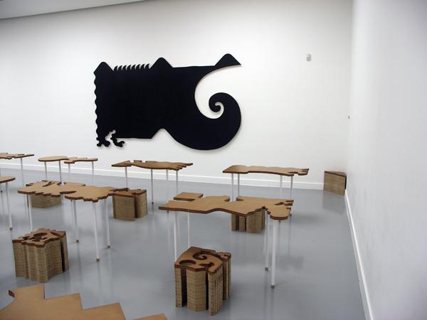 Guy Rombouts - Gebeurtenissen die zich verharden tot het object waarop we zitten en abstracte zelfstandige naamwoorden die de stevigheid van een tafel verweren