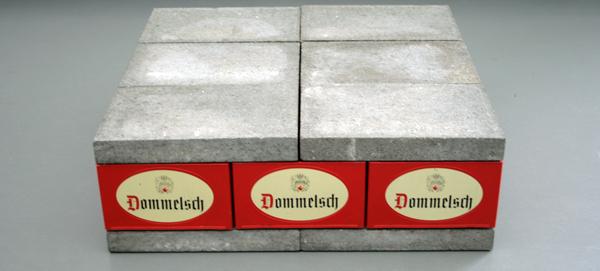 Joep van Lieshout - 12 Stenen - 12 Kratten - Overduidelijk waar het van gemaakt is