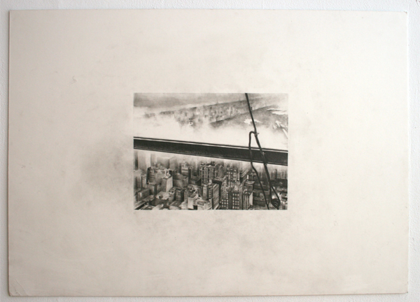 Andreas Albrectsen - Atop a skyscraper- 50x70cm Graftiet op papier