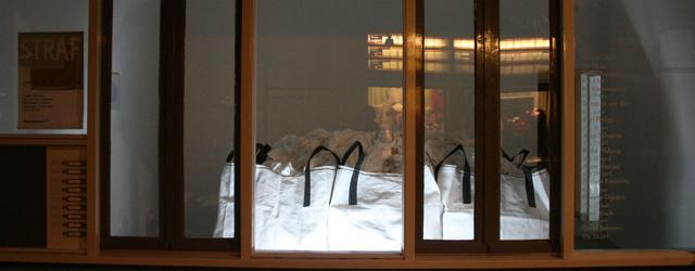 Afgelopen donderdag opende bij Kunstpodium T een nieuwe Leerling/Meester expositie. Deze keer is de meester Johan Kuipers. Johan Kuipers Bianca den Breejen – Rotterdam Willemien Schaap – Utrecht Matthias Schaareman […]