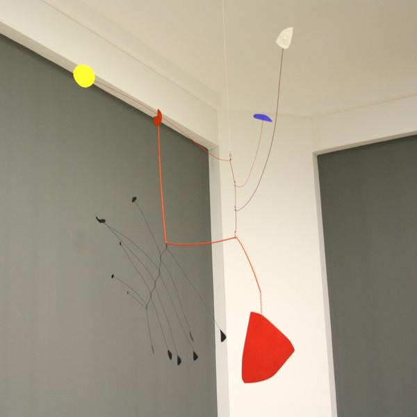 Alexander Calder - Constellation - Hout, metaaldraad en verf