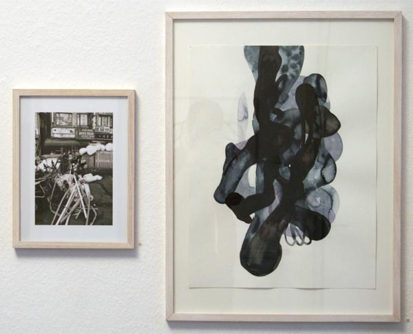 Huub van der Loo - Zonder Titel (Dongdaeum) - 40x30cm Lambdaprint & Carina Diepens - Zonder Titel - 65x50cm Gepigmenteerde inkt op papier