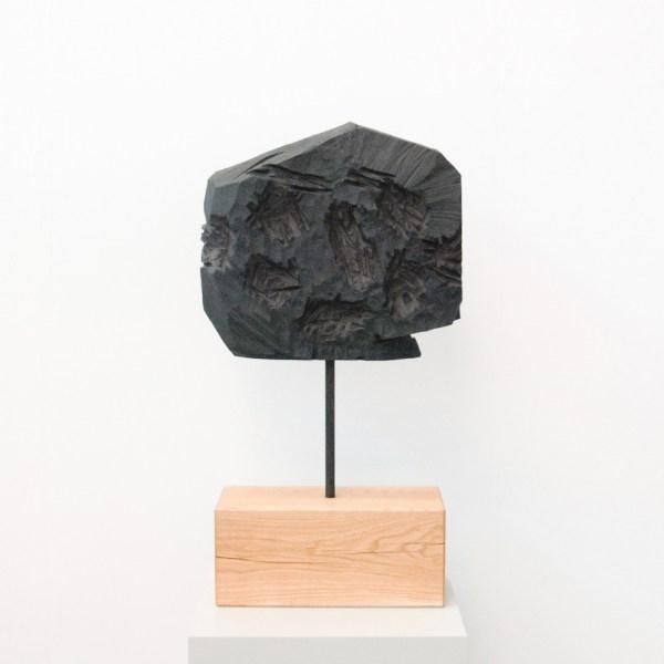 Georg Baselitz - Mond - 46x51x11cm Brons en hout, 1984