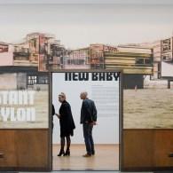 Hetwerk van Constant (1920-2005) met zijn New Babylon-project is waarschijnlijk bij de meeste lezers hier wel bekend. Constant wilde een nieuwe architectuur waarin de mens niet direct gestuurd werd in […]