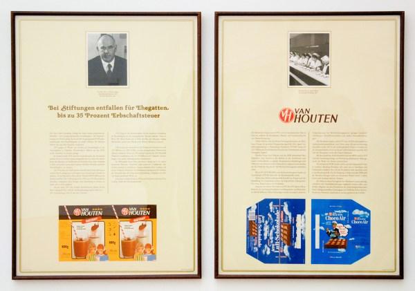 Hans Haacke - The Chocolate Master - 7 luik bestaande uit 14 bladen, Zeefdruk met foto's