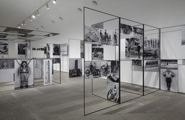 1955 - Richard Hamilton - Man Machine & Motion - Installatie