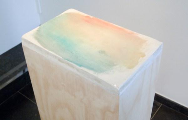 Femmy Otten - Water Poem #1 0 Gips, hout, olieverf en epoxy op sokkel