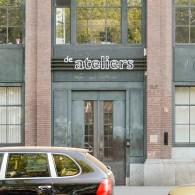 Vandaag opende de postacademische instelling De Ateliers haar deuren. De tien uitverkorenen, die hier de afgelopen twee jaar mochten freewheelen en intense begeleiding kregen, tonen nu wat daar uit is […]