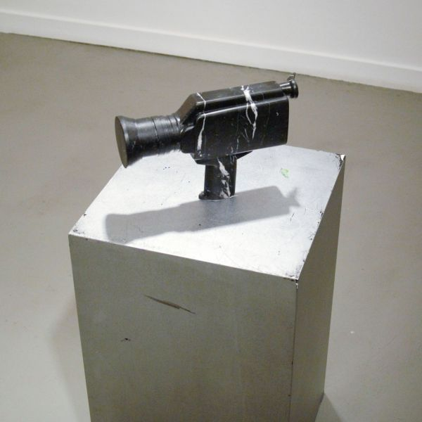 Annet Gelink - Thomas Bogaert - Black Marble Camera - Marmer