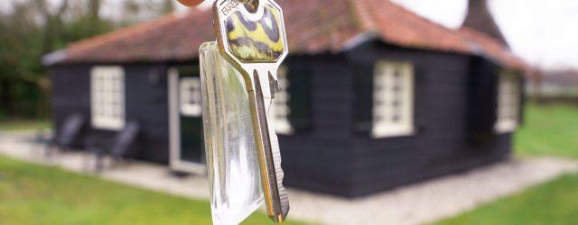 Enige tijd geleden mocht ik de sleutels ontvangen van de Dooyewaard stichting van een klein muffig oud hutje waar tussen 1916 en 1918 Piet Mondriaan tot zijn kenmerkende abstracte schilderijen […]