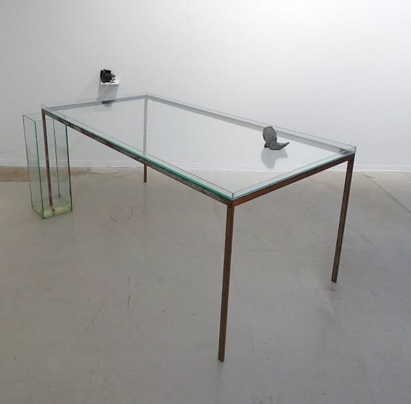 Philip Groubnov - Natural Philosophy - 80x200x100cm Metaal, glas, water en gips