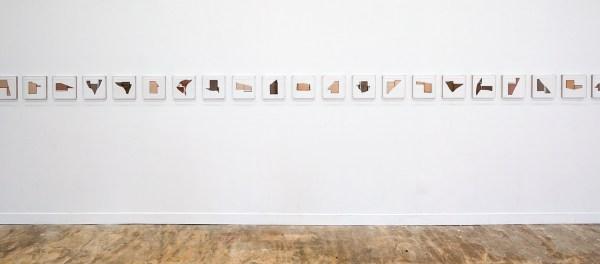 Anneke Eussen - Nothing gets lost in time - 26x26cm, oplage van 24, Gebroken antiek glas in 4 kleurnuances samengesteld tot een nieuwe omtrek