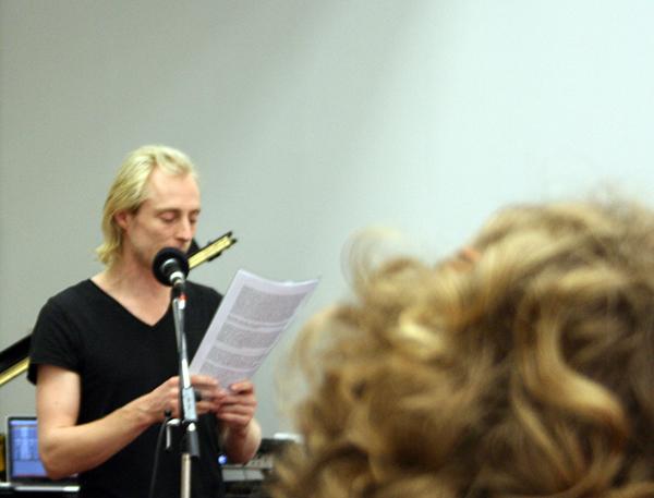 Aart Strootman (met teksten op basis van Shakespeare) (de spreker waarvan me de naam is ontschoten)