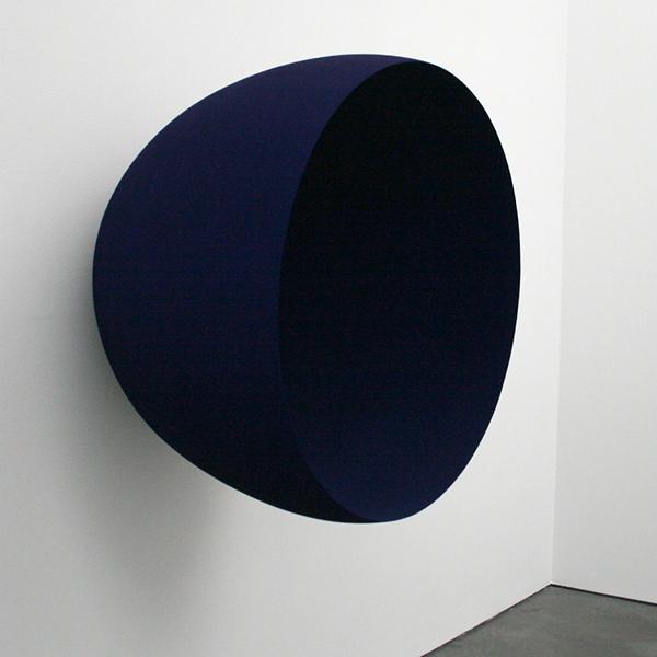 Anish Kapoor - Untitled - Glasvezel en pigment