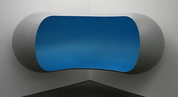 Anish Kapoor - Untitled - Glasvezel en verf