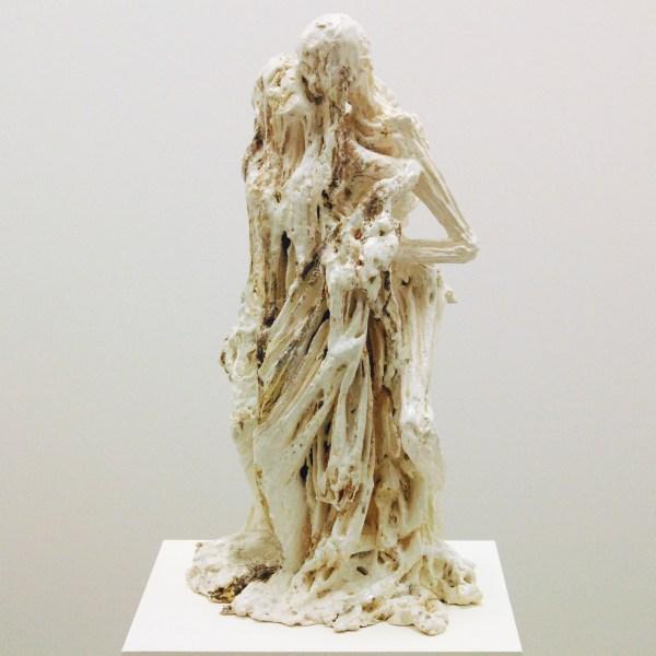 Anne Wenzel - Der Tod un das Madchen (nach Hans Baldung Grien) - Keramiek en parelmoer luster 2011