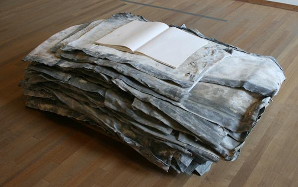 Anselm Kiefer - 20 Jahre Einsamkeit - Lood hout papier en touw