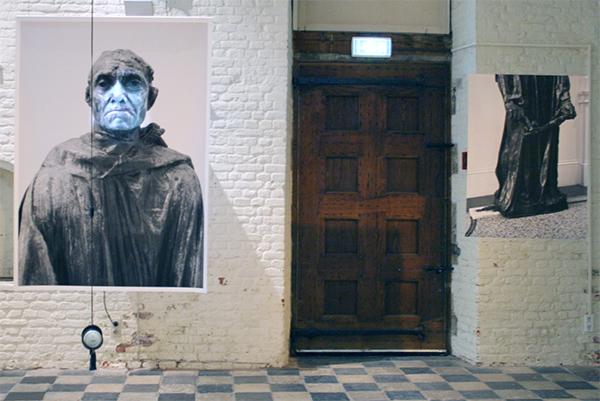 Arnoud Holleman - Immovably Centred - Foto, video en tekst & Schets voor Le Bourgeois a la cle - Foto