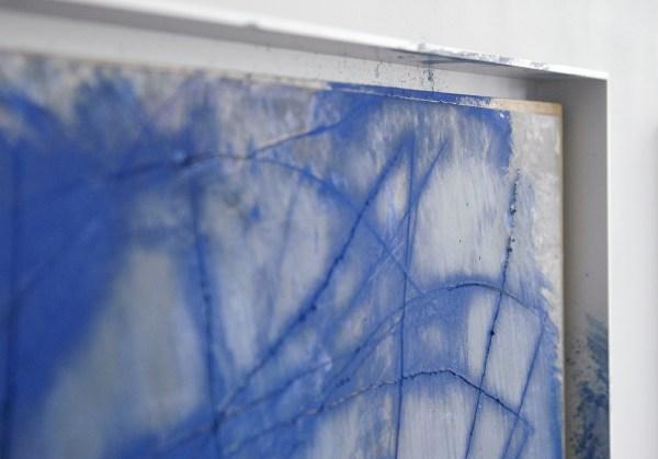Arnulf Rainer - Blaue Wunder (Cadaveri) - 50x63cm Oliepastel en olieverf op foto op paneel (detail)