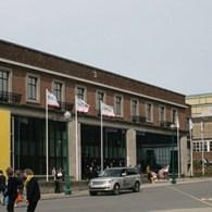 Evenals vorig jaar ging ik gisteren naar Art Brussels, die nog tot en met komende zondag duurt. Ondanks dat iedereen het op het nieuws continue heeft over de crisis is […]