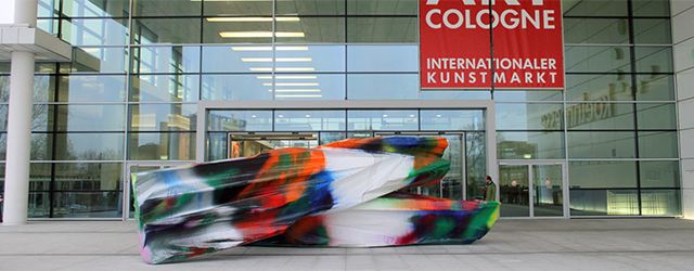 Van een bekende kreeg ik tickets voor Art Cologne, de kunstbeurs in Keulen. Wie bedacht heeft dat die beurs tegelijk moet plaatsvinden met Brussel heeft misschien niet zo heel goed […]