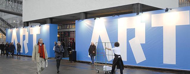 Vandaag opende ArtRotterdam voor de derde maal in de van Nelle Fabriek. Zoals afgelopen jaar degelijk en toch ook wel redelijk fris. Verder eigenlijk geen opvallende tendenzen. Iets wat eigenlijk […]