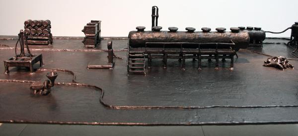 Atelier van Lieshout - Technocrat Table - 44x180x95cm Brons (detail)