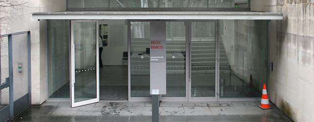 In Nederland kennen we dat niet zo, maar vaak worden ateliers van kunstenaars bewaard. Denk aan Bacon, Panamarenko maar ook ConstatinBrancusi(1867-1957). Die van Brancusi is gratis te bezoeken en bevindt […]