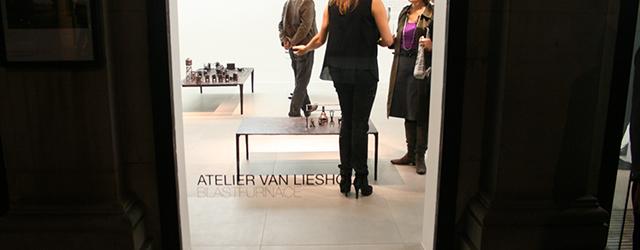 Ben je in Londen, loop je zomaar een galerie binnen waar op dat moment Atelier van Lieshout een tentoonstelling begint. Joep van Lieshout is al jaren bezig met het uitwerken […]
