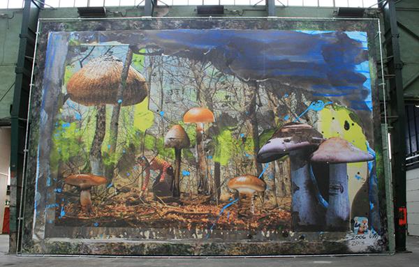 Chris Martin - Mushroom Hunter - Acrylverf, gelmedium, Aquq Ron-Glo en collage op bedrukt vinyl
