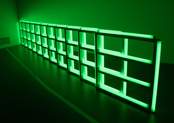 Dan Flavin - Untitled (To You, Heiner, with Admiration and Affection) - TL-licht in fluorkleur