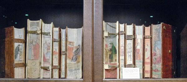 Dr Jorn Gunther Rare Books - 13 Boeken uit de Pillone bibliotheek, beschilderd door Cesare Vecellio