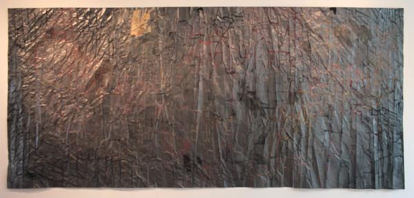 Fenneke Hordijk - Huid I - 150x333cm Pastel, houtskool, oliekrijt en grafiet op papier