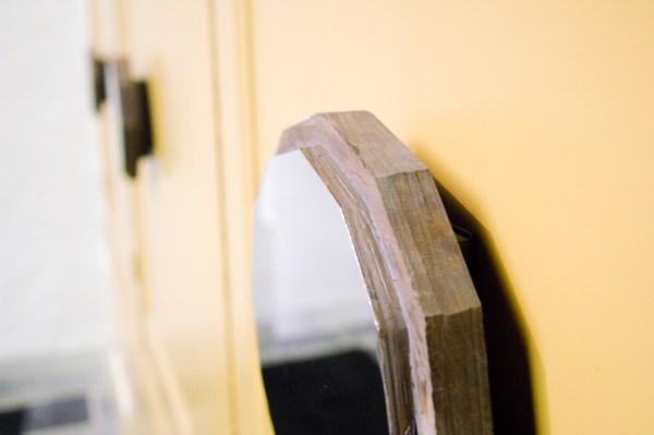 Germaine Kruip - Kannandi from Square to Circle - 10 handgemaakte spiegels op houten panelen (detail)