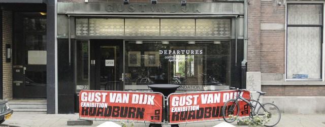 In combinatie met het psychedelische en lompe gitaarfestival Roadburn organiseert SEA-Foundation/Gust van Dijk al een paar jaar een tentoonstelling met een kunstenaar die artwork maakt in die specifieke muziekniche. Vorig […]