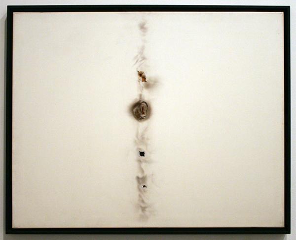 Henk Peeters - Burn Hole - Verbrand plastic