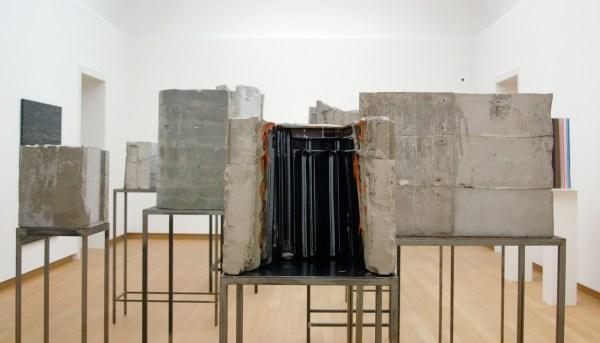 Isa Genzken - Diverse - Beton en staal