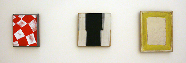 JCJ Vanderheyden - Rood Chekerboard - Acrylverf op doek 2002 & Zonder Titel - Polyvinylacetaatverf op doek 1964 & Geel Kader - Tempera op doek