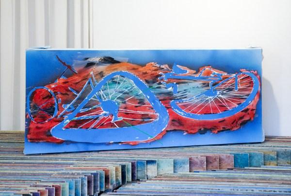 Jop Vissers Vorstenbosch - Zwerfaval (Utrecht overvecht) - 103x239x20cm Olieverf, lak, acrylverf en tape op doek