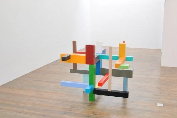 Krijn de Koning - Verticals and Horizontals - 19x22x21cm Beschilderd hout