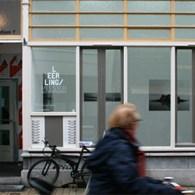 In verband met de drukte in Rotterdam was deze editie van het Kunstpodium T Leerling/Meesterproject er bijna bij ingeschoten. Dus op de en-na-laatste dag ben ik rustig gaan kijken. De […]