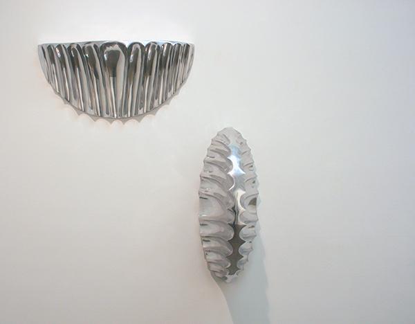 Louise Bourgeois - Toi et Moi I - 25x76x30cm Aluminium & Toi et Moi II - 76x28x36cm Aluminium 1997