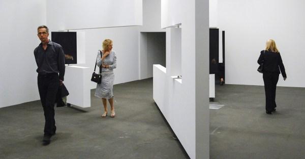 Markus Schinwald - Untitled (Walls)
