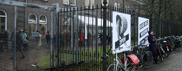 Ook dit jaar was er afgelopen weekend weer RijksakademieOPEN, zoals de open ateliers tegenwoordig heten. Meer dan ooit lijkt er een soort media-hype te zijn omtrent het open stellen van […]